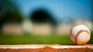 DFS911.com has some good Daily Fantasy MLB picks and previews for Friday evening's MLB games.