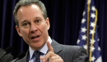NY AG Demands Accountability from DraftKings, FanDuel: 'Fraud is Fraud'